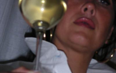 8 marzo: La vite come simbolo di rinascita, icona della Festa delle Donne del Vino.